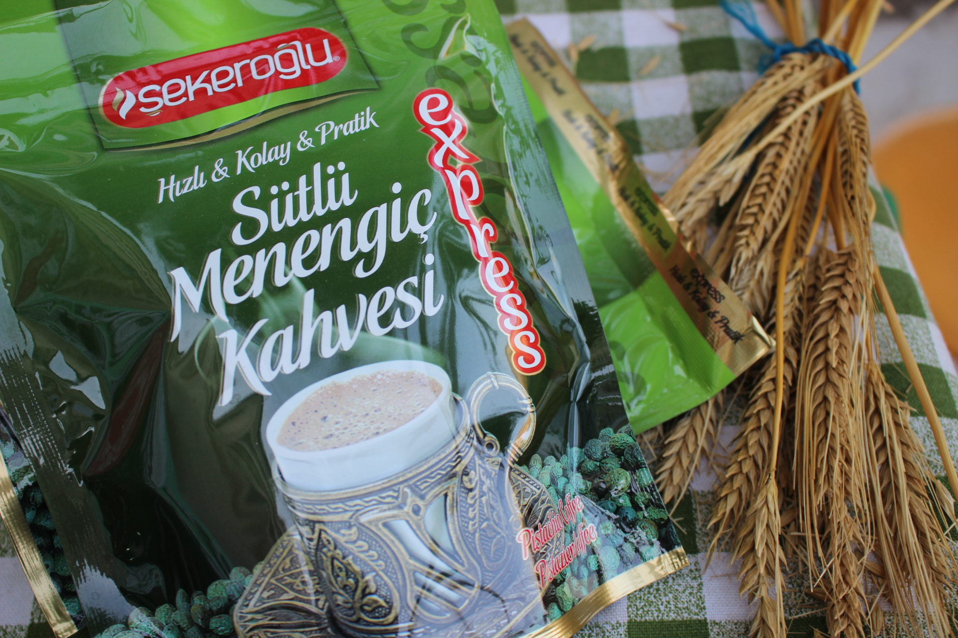 Şekeroğlu Sütlü Toz Menengiç kahvesi (200 Gr)