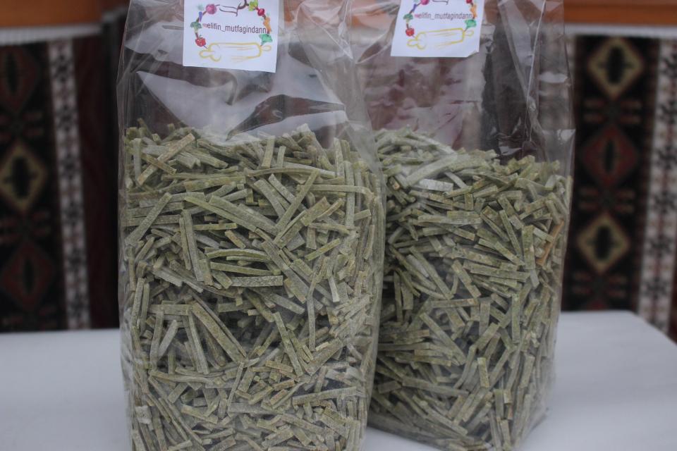 Ispanaklı Erişte (250 Gr)