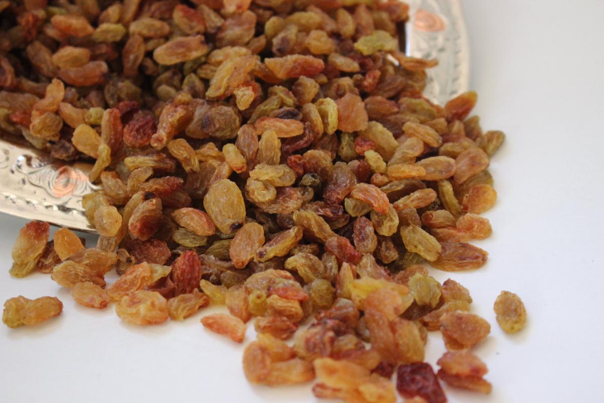 İzmir Üzümü (1 kg )