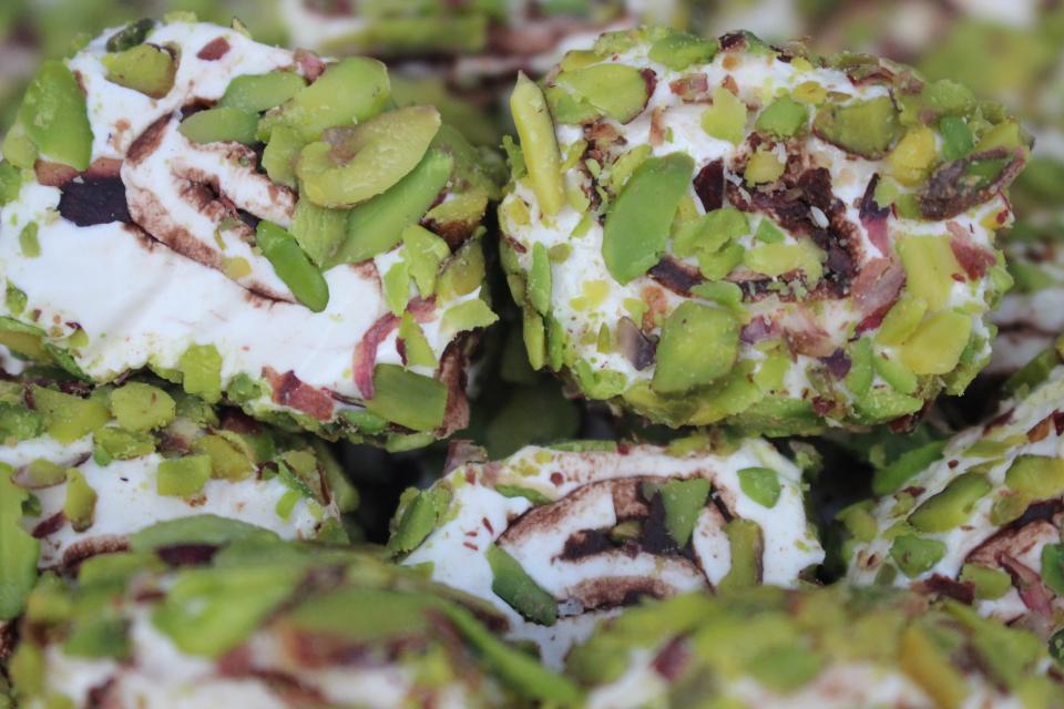 File Fıstıklı Sarma lokum (1 Kg)